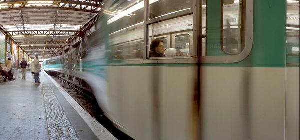 Bild Nr. 7410 — Wolf-Dietrich Weissbach (*1952): Paris (Gare d'Austerlitz) (2002)